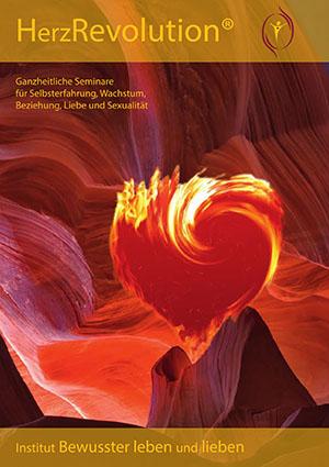Titelseite-Katalog-HerzRevolution_300W